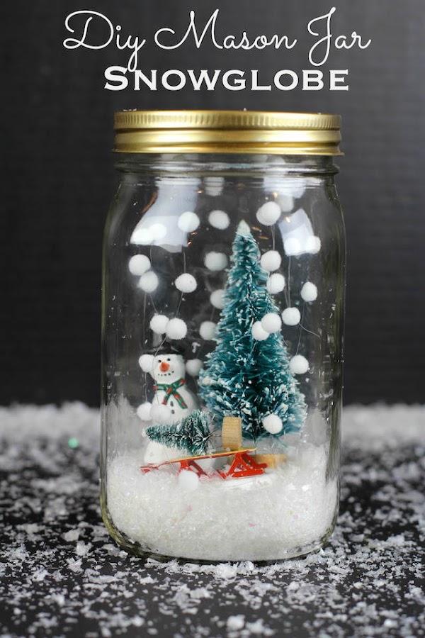 bola de nieve dentro de un tarro