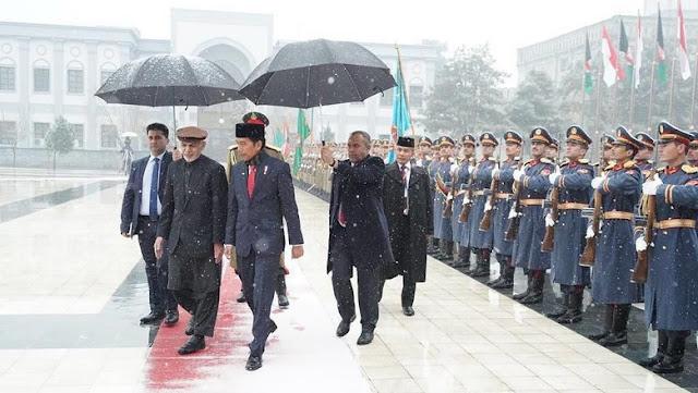 Jokowi Tetap ke Afghanistan Meski Ada Bom, Ini Alasannya