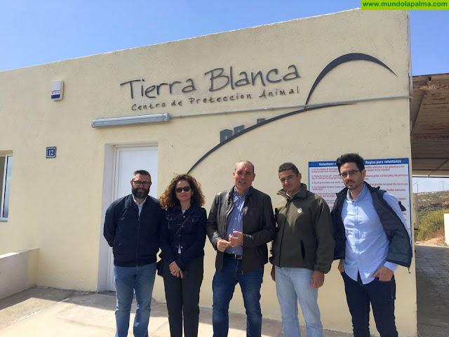 El Servicio de Ordenación conoce el uso y gestión de un centro de protección animal de Tenerife para su posible aplicación al albergue de La Palma