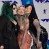 Kelly Doty, Ryan Ashley Malarkey e Nikki Simpson marcam presença no MTV Video Music Awards 2017 no The Forum em Inglewood, Califórnia - 27/08/2017