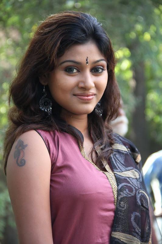 Hot Tamil Actress Oviya Stills  South Indian Actresses Pics-9838