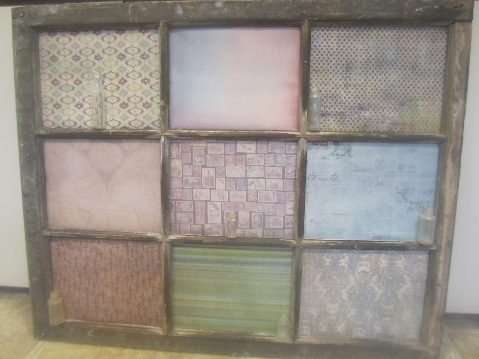 Successful Secrets: DIY Decorated Old Wooden Window