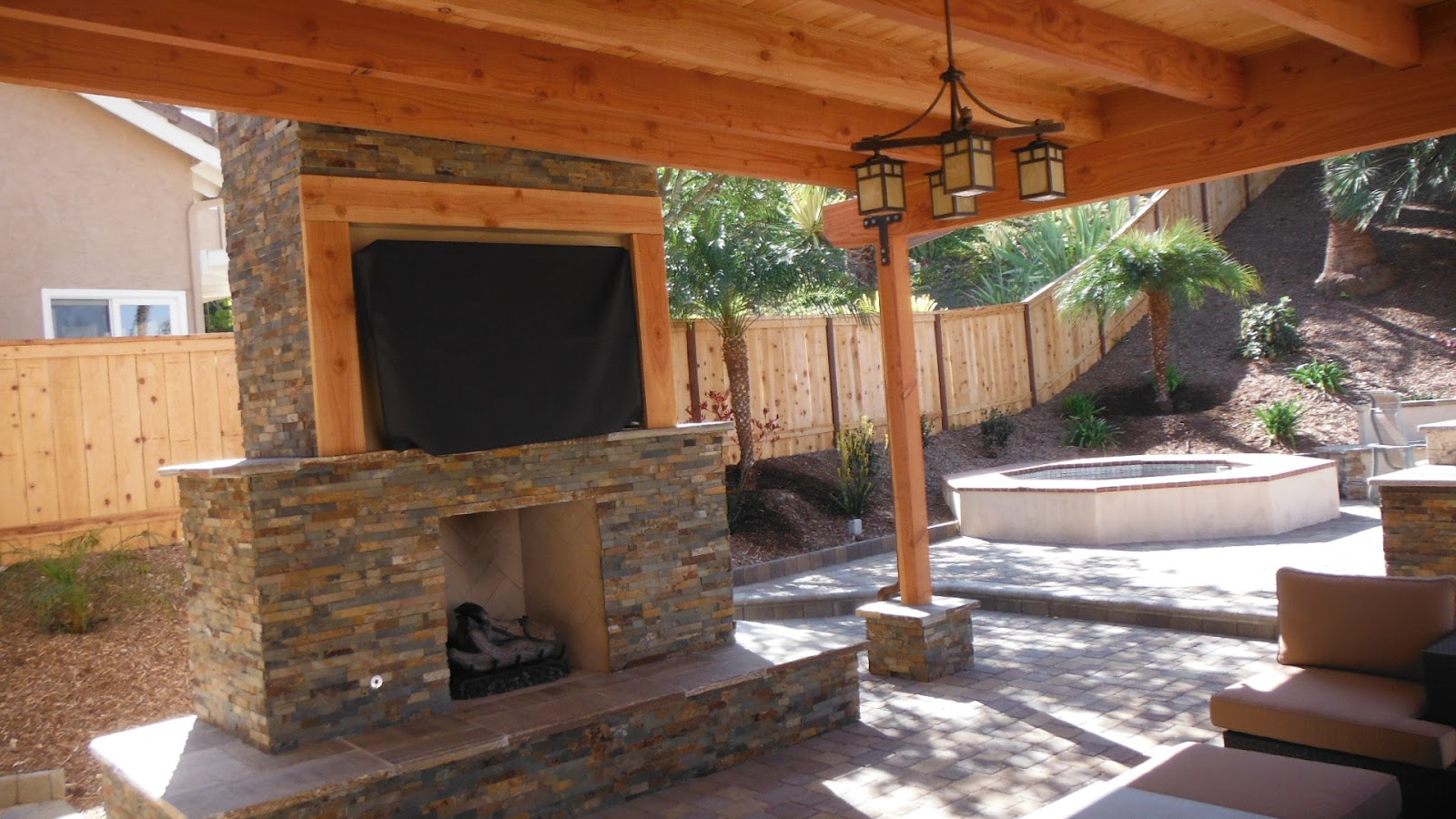 The 2 Minute Gardener Photo Outdoor Fireplace And Tv