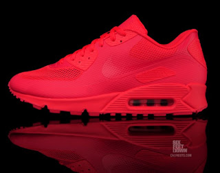 8bcb6286 THE SNEAKER ADDICT: Nike Air Max 90 Hyperfuse Solar Red Sneaker
