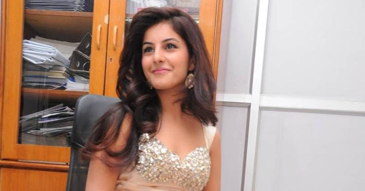 Isha Talwar Famous Tv Actress Appears In Few Bollywood