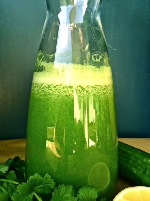 "Great way to begin a day! Green ""Good Morning"" Alkaliziing Detox Juice Recipe by Passionately Raw!"
