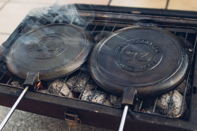 Gear of the Week #GOTW KW 07  ROME Chuckwagon Waffeleisen  Cast-Iron Waffle-Iron  Outdoor-Waffeleisen 01