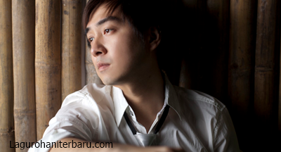 Download Lagu Rohani Edward Chen – Mari Dewa Besertaku