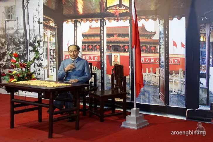 Mao Zedong de arca statue art museum yogyakarta