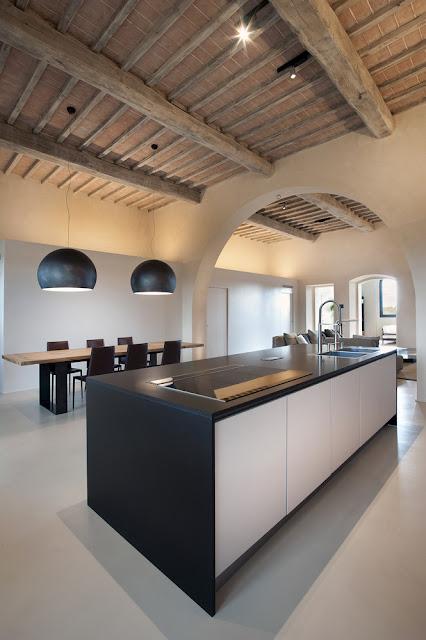 15th Century Italian Villa Renovation By CMT Architects 12