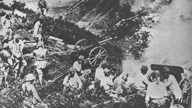 Japanese artillery at Hong Kong, 23 December 1941 worldwartwo.filminspector.com