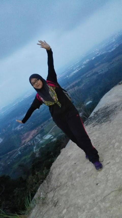 Hiking Ke Bukit Broga