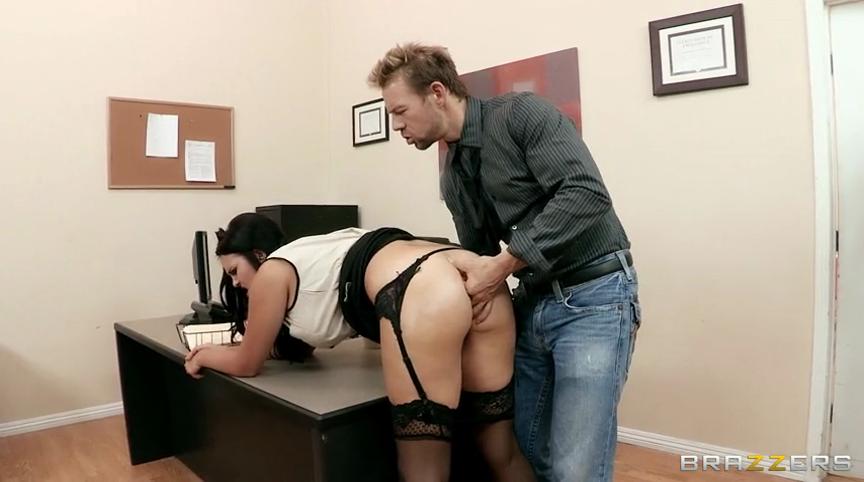 Русское Порно С Секретаршей В Туалете