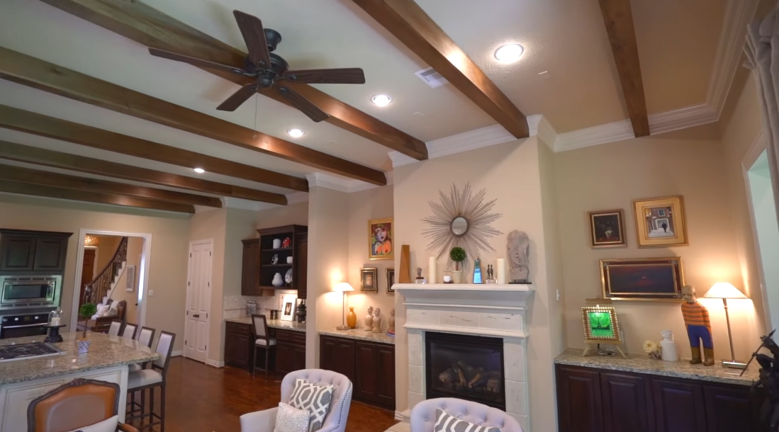 15 Photos vs. Tour 419 Oxford St, Houston Home Interior Design