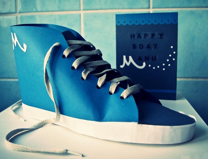 Schuh aus Papier basteln Geschenkverpackung geldgeschenke verpacken #schuh #papier #geschenkverpackung #geldgeschenk