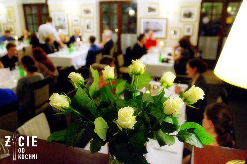 tokaj, kobiety i wino, degustacja wina, restauracja biala roza