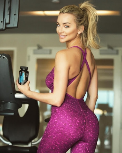 Hot girls Lindsey sexy Playboy model 5.2 feet 6