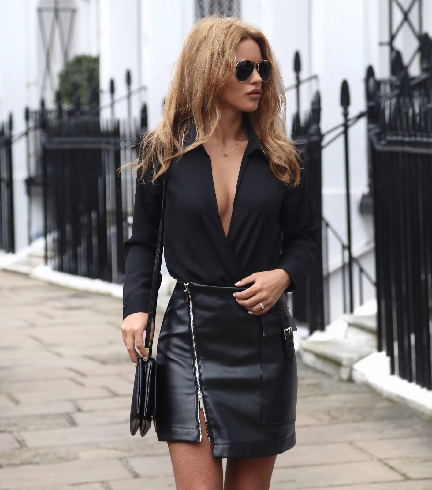 Leather skirt with zip – Your skirt this season photo blog