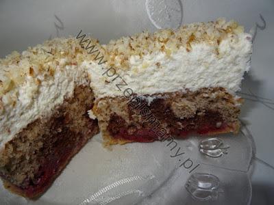 Ciasto orzechowe z wiśniami