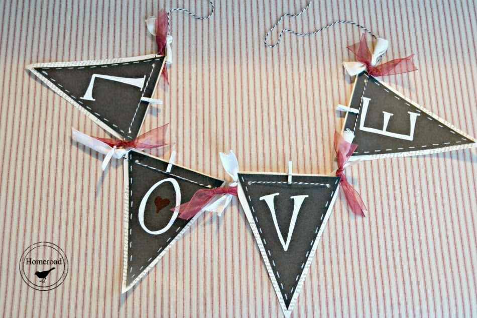 Valentine's day banners and garland www.homeroad.net