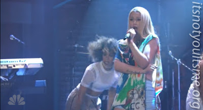 Iggy Performs Team Live on Late Night