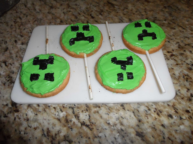 minecraft party ideas and cake pops
