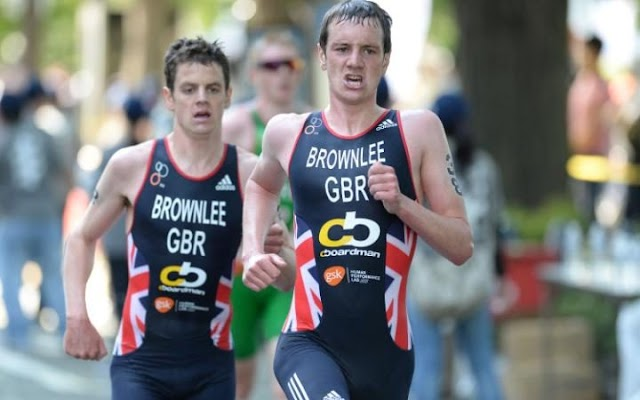 Rio 2016: Britânicos dominam o triatlo