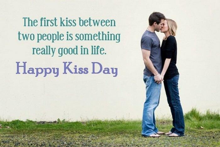 Kiss Day HD Photos