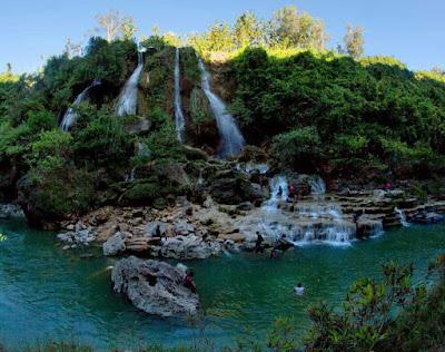 wisata air terjun sri gethuk gunungkidul yogyakarta