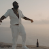 "Assista ao clipe de ""Santorini Greece"" do Rick Ross"