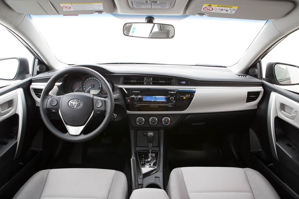 Toyota corolla 2016 pre os sobem e superam r 100 mil car blog br for 2016 toyota corolla s interior