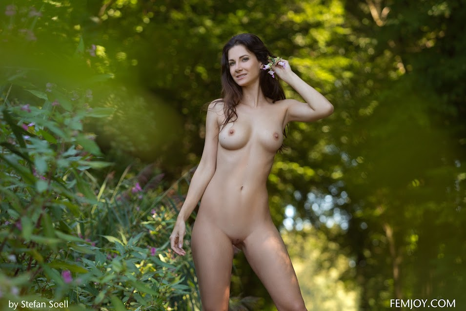 FemJoy Lauren On The Right Track