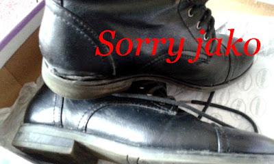 deichmann, reklamace bot, warranty claim boots, sorry jako babiš, broken shoes, destroyed boots, unglued sole