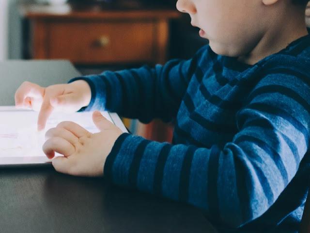 Cara Mendidik Anak Dengan Menggunakan Media Audio Visual