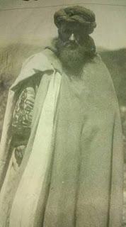 صورة نادرة للشهيد موحى أوحمو الزياني..أسد الأطلس