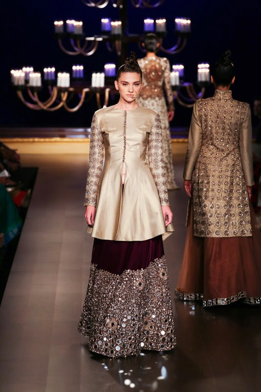 "e76dbe920c2 The package is very modern. Gold also defines the look."" The collection was  showcased at Shree Raj Mahal Jewellers India Couture Week 2014 organized by  FDCI"