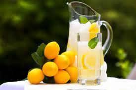 عصير الليمون للتنحيف وفوائده  لللجنس والقولون والبشرة والمناعة وأضراره