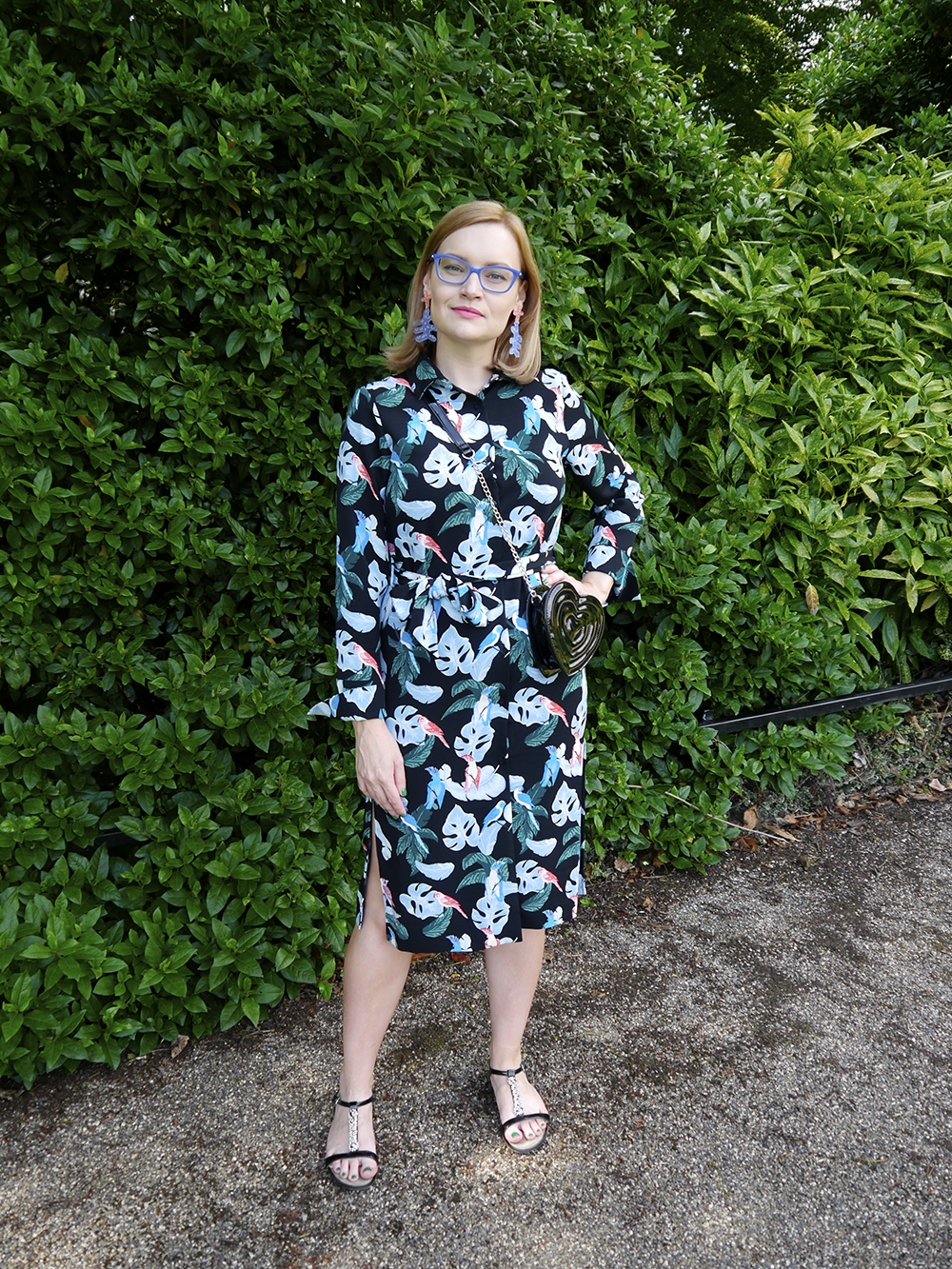 Tropical florals outfit with Julia de Klerk statement earrings and Monki accessories