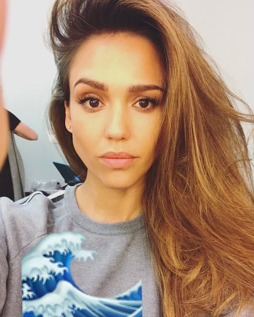 Jessica-Alba-Without-Makeup-New-Photo-on-Instagram