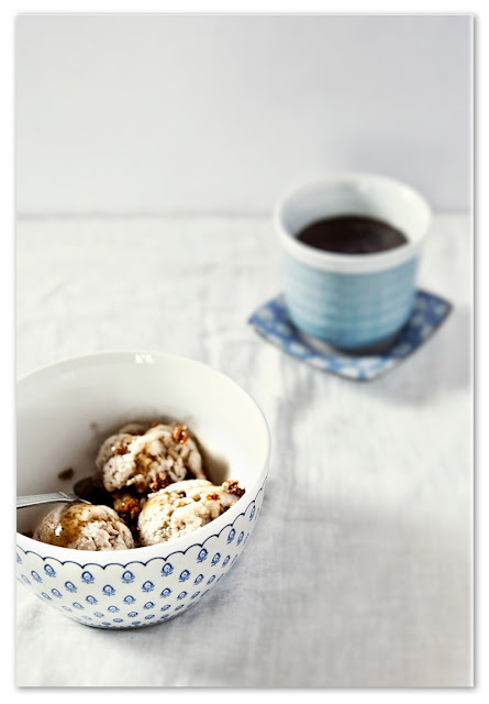 gelato-caffè-ed-amaretti