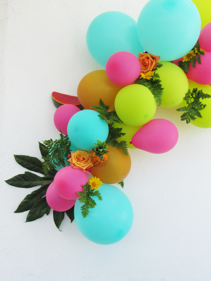Valentina Vaguada: party, event, paper flowers, balloons, party planer, party ideas