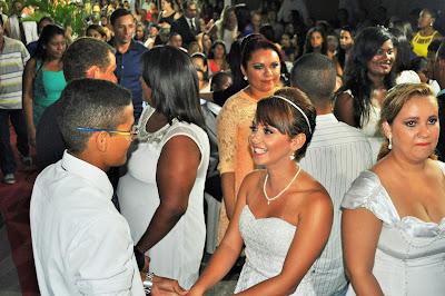 Resultado de imagem para fotos de casamentos comunitarios em sao paulo do potengi