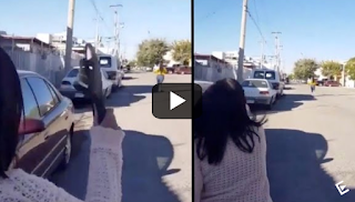 Μητέρα πετάει την παντόφλα και πετυχαίνει την κόρη της στα 30 μέτρα - ΒΙΝΤΕΟ