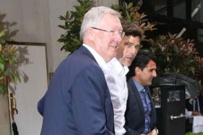 Pochettino consults Ferguson on Spurs Champions League challenge
