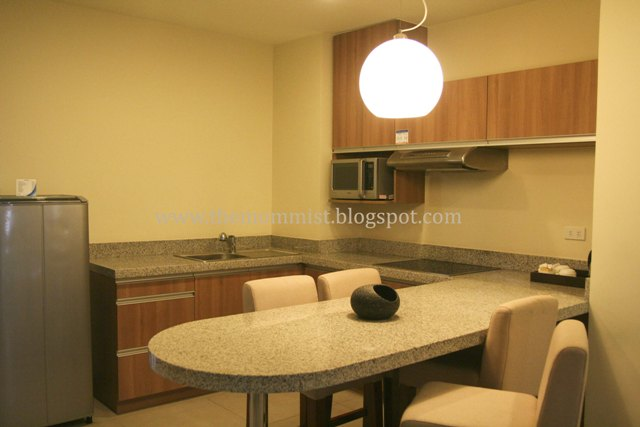 2 bedroom hotel suite kitchen