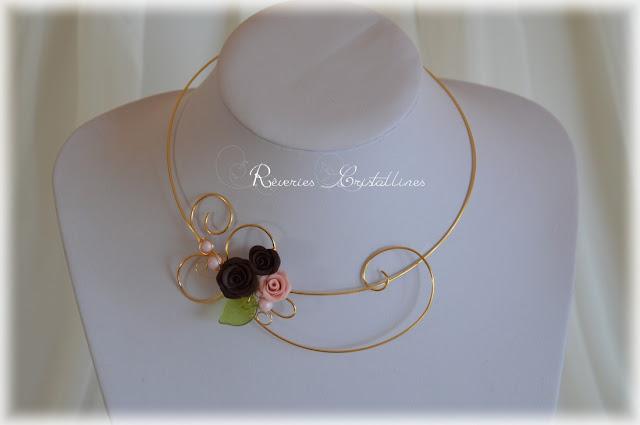 Collier de mariage plaqué or et roses