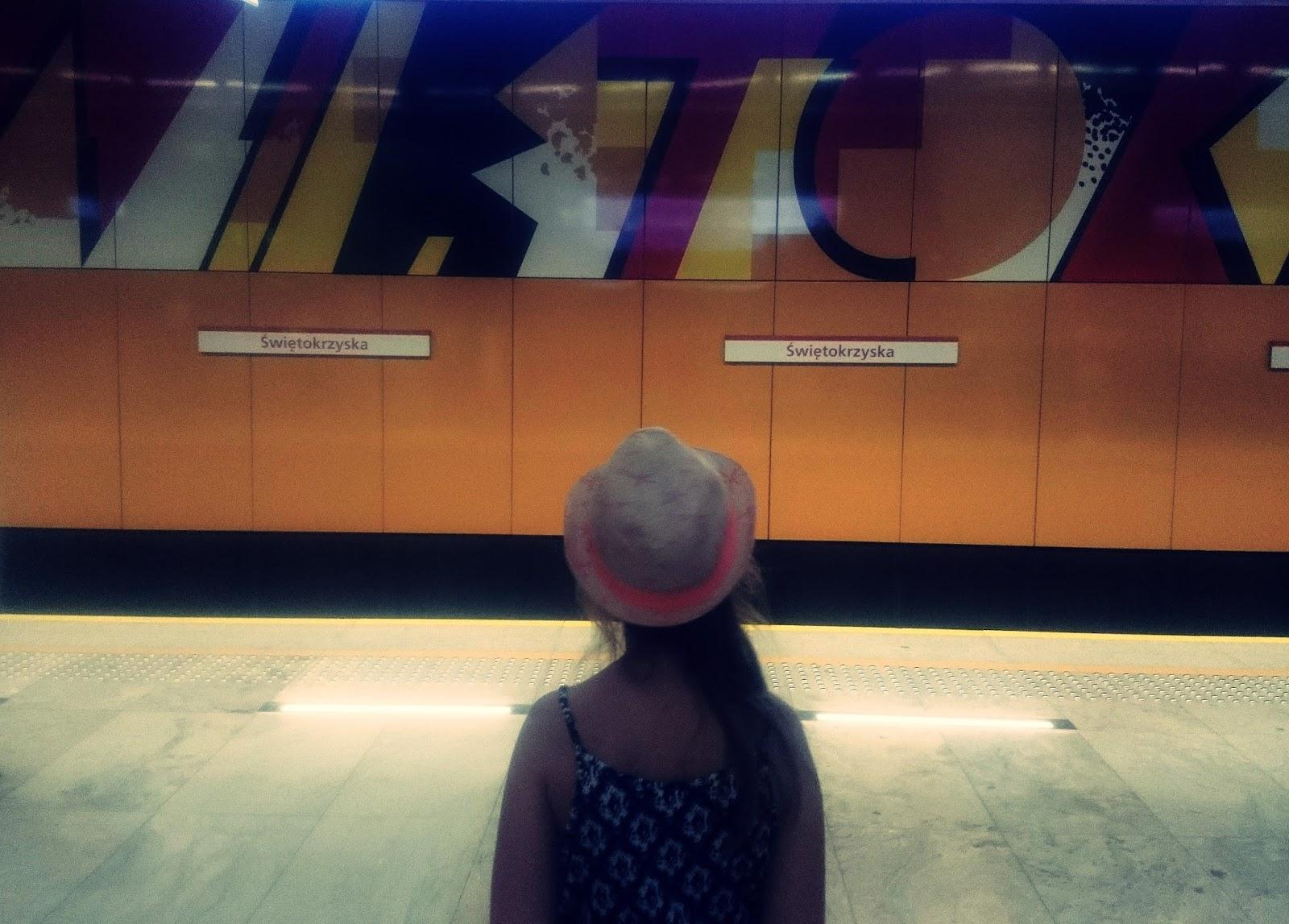 metro, Świętokrzyska, M-ka