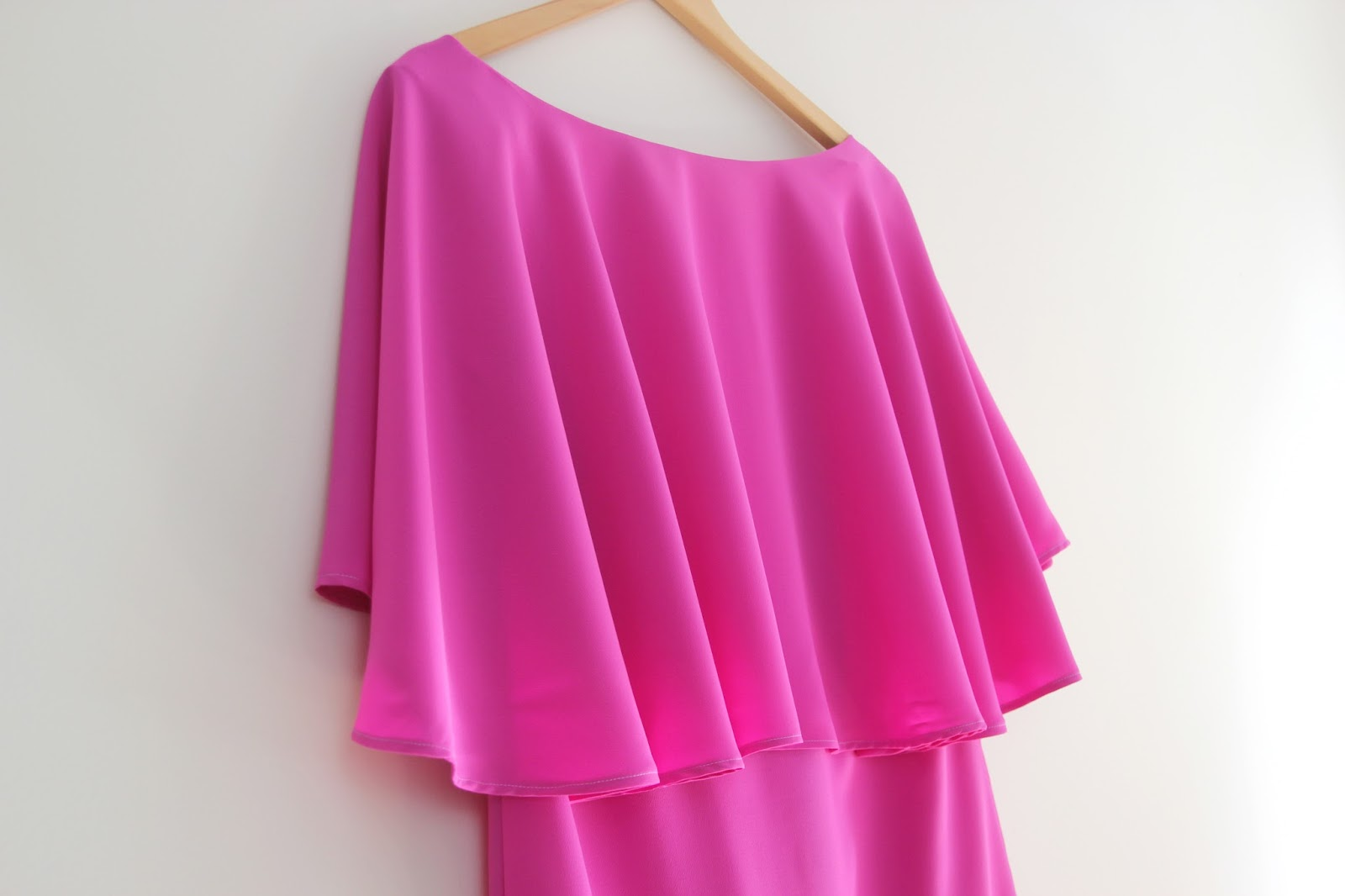 DIY Tutorial y patrones: Vestido de capa | | Oh, Mother Mine DIY!!