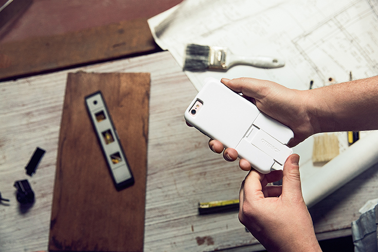 If you're an iPhone user, you'll have to check out the new OtterBox uniVerse case! Paired with all kinds of accessories it makes the perfect tool for business or for a little fun photography even! #bbyuniverse