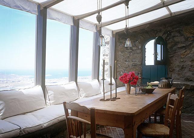 terrasse couverte villa méditerranéenne